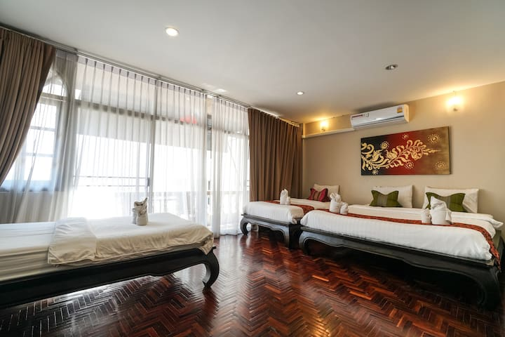 Chiangmai Guesthouse Family room at Walking Street - Чиангмай - Квартира