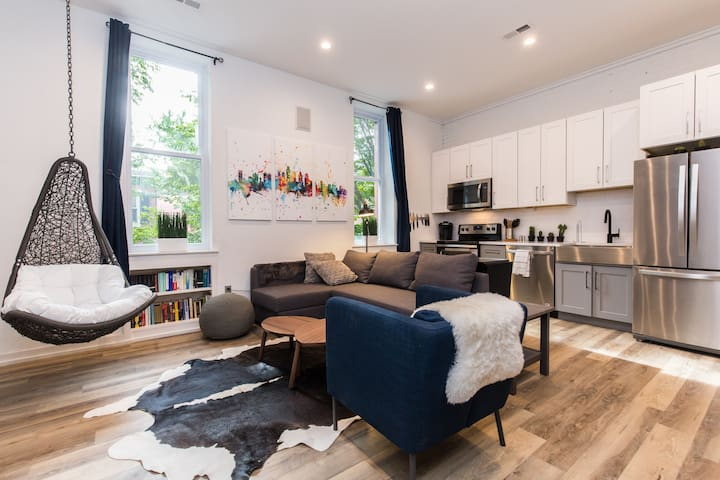 Midtown Village Luxury One Bed