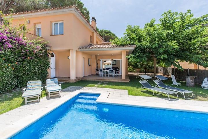 Casa con piscina privada a 400 m de Playa de Pals (GRS 4H 119)