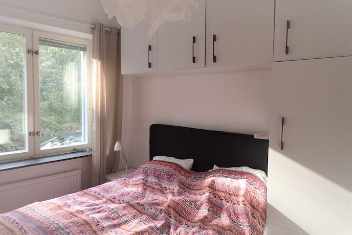 A fresh clean flat, close to the city center
