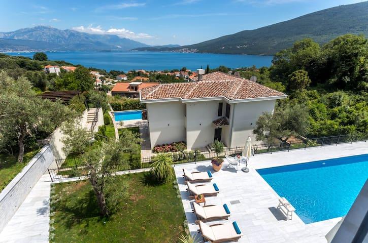 White Olive Villa - Herceg Novi - Đenovići - Villa