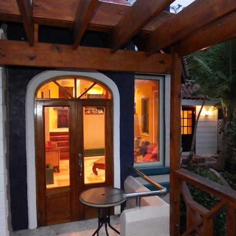Casa Jodek+180 degrees = 100 % Tranquility