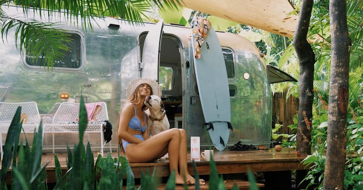 Luxury Vintage Airstream - Walk to the beach