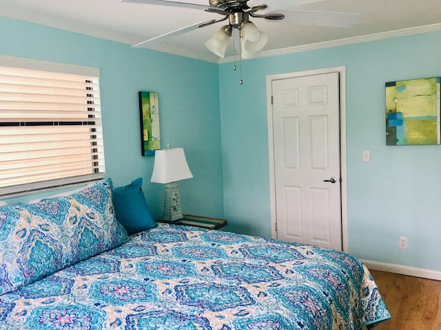 Completely renovated. Clean, bright and comfy.   Each of the bedrooms have new king size mattresses