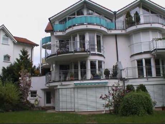 Ferienwohnung Deluxe, (Uhldingen-Mühlhofen), Ferienwohnung mit 80qm, 1 Schlafzimmer, für maximal 2 Personen