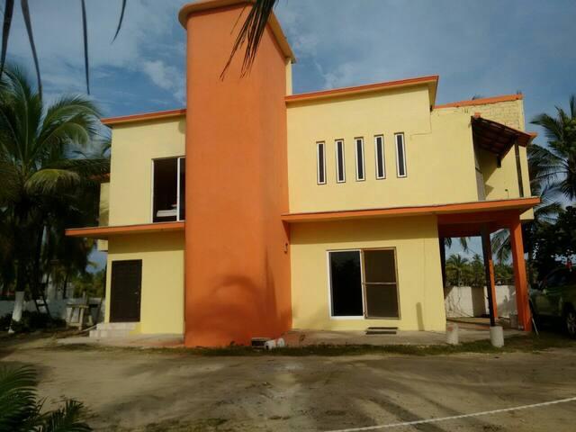 Casa frente al mar con temazcal - mogotes  - Rumah