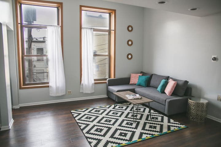 3 Bedroom 2 Bath in heart of downtown Milwaukee - Milwaukee - Apartament