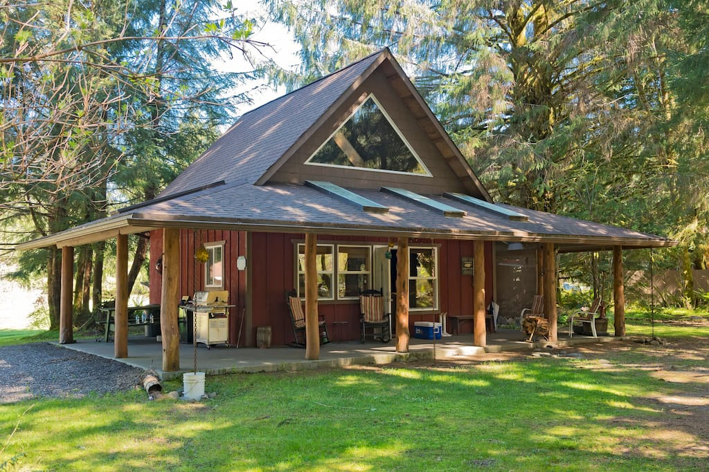 Northwest fishing cabin cabins for rent in beaver for Fishing cabin rentals