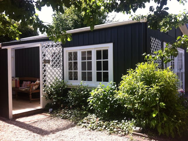 Plum Tree Studio (Self-Contained) - Taupo