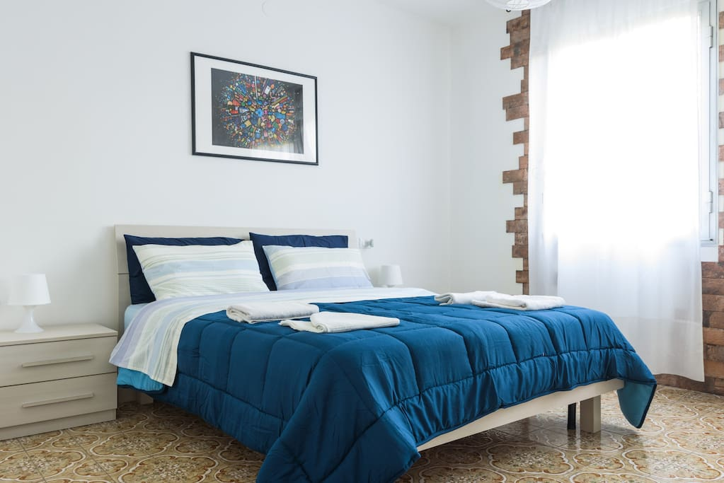 king size bed-bedroom