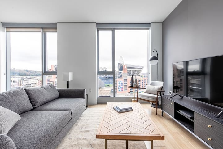 Crisp Pioneer Square 1BR w/ W/D, nr. Occidental Square, by Blueground