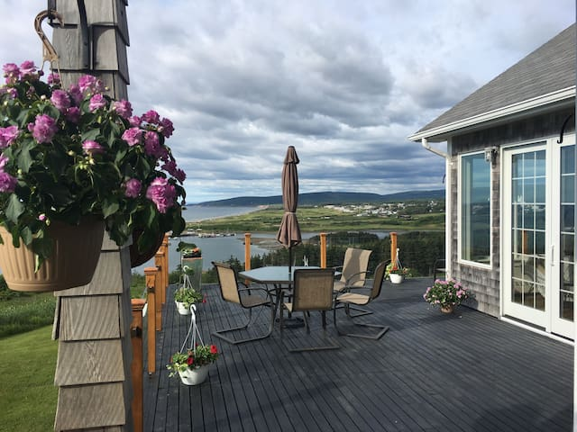 Spectacular Home Overlooking Coast and Cabot Golf