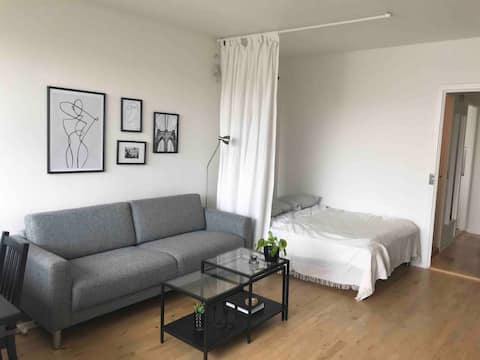 Charming apartment close to city center and sea