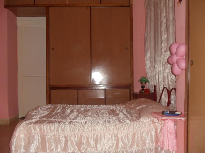 """Apto entero . """"Charming home with great location"""""""