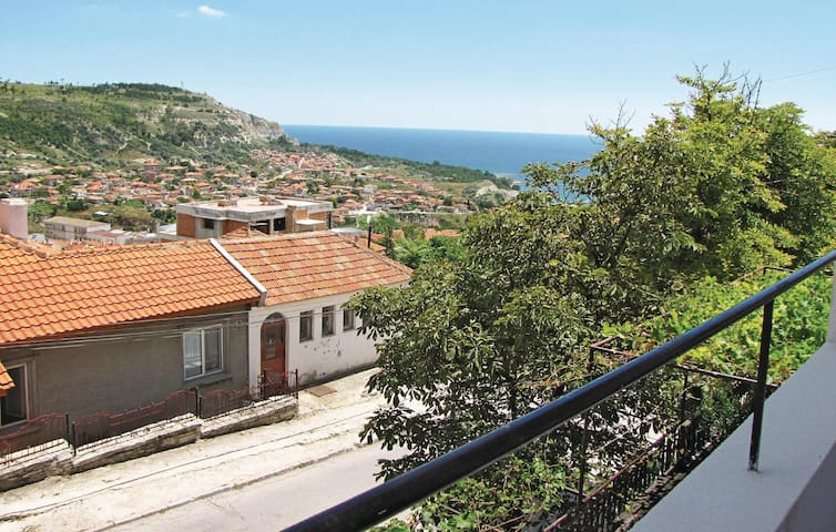 Holiday apartment with 2 bedrooms on 120 m² in Balchik