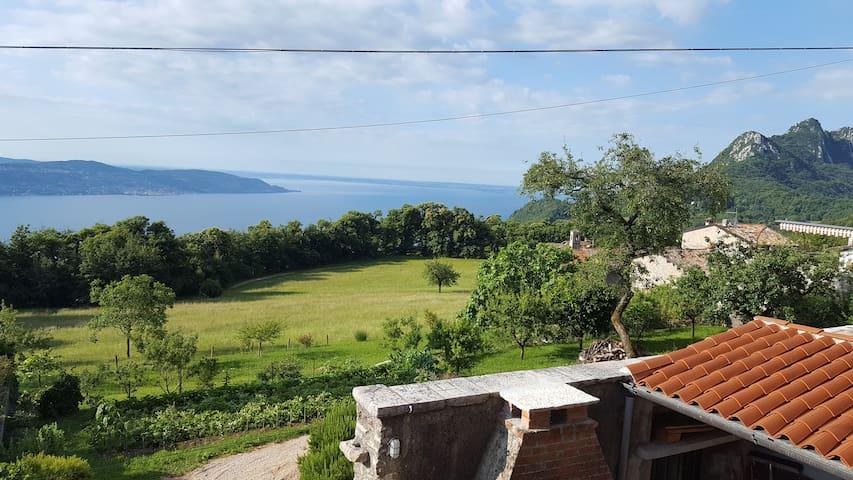 Apartment Maerne, Lake Garda, Gargnano