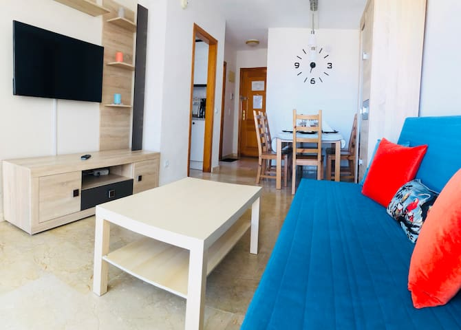 Modern Apartment 6 min walk to the Levante Beach