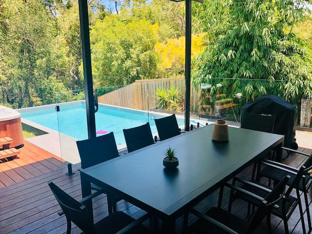 Modern family home in the heart of Noosa