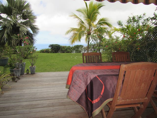 Scenic view over the lagoon - Pape'ete - Apartment
