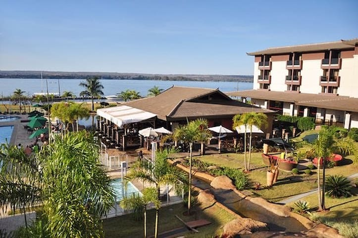 Life Resort - Beira do Lago com vista privilegiada