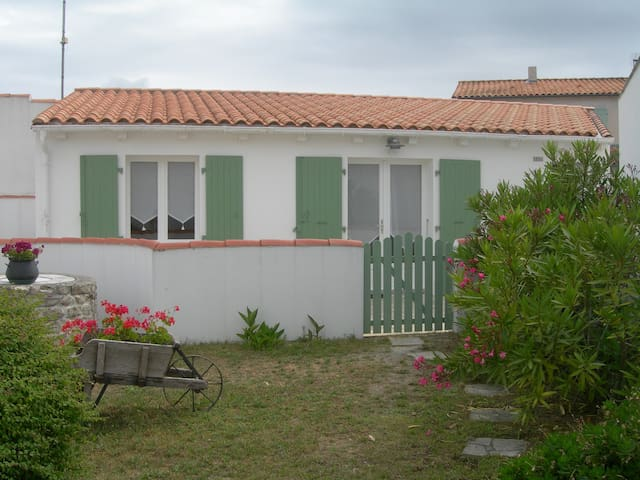 Petite maison à Rivedoux Plage , Île de Ré