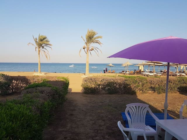 Beach Front Chalet Ain El Sokhna - Romance resort