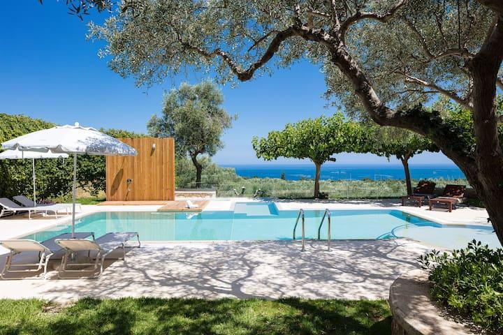 TheTree Villa, Magical Scenery Experience!
