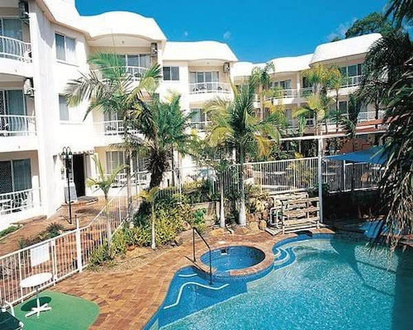 Golden Shores Holiday Club, 2BR, fit up to 6pax
