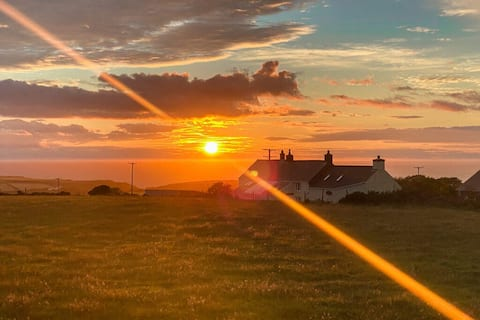 NEW! Pembrokeshire Cottage - Amazing Ocean Views