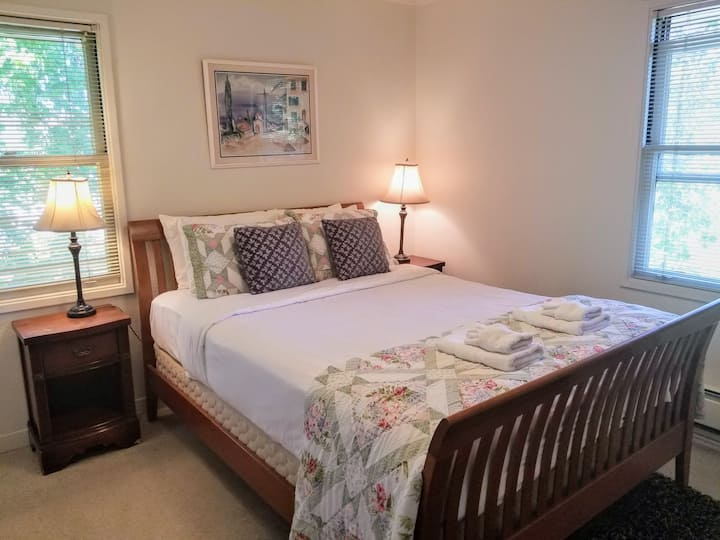 Cozy 1 Bedroom in Downtown San Anselmo Apartment C