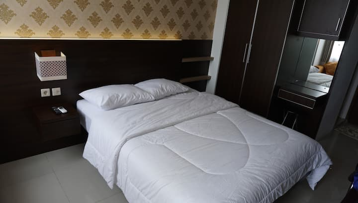 Leren Room V Apartement