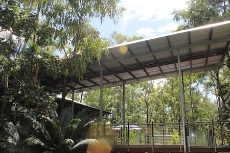 Bush Verandah House - Eco-luxury - House