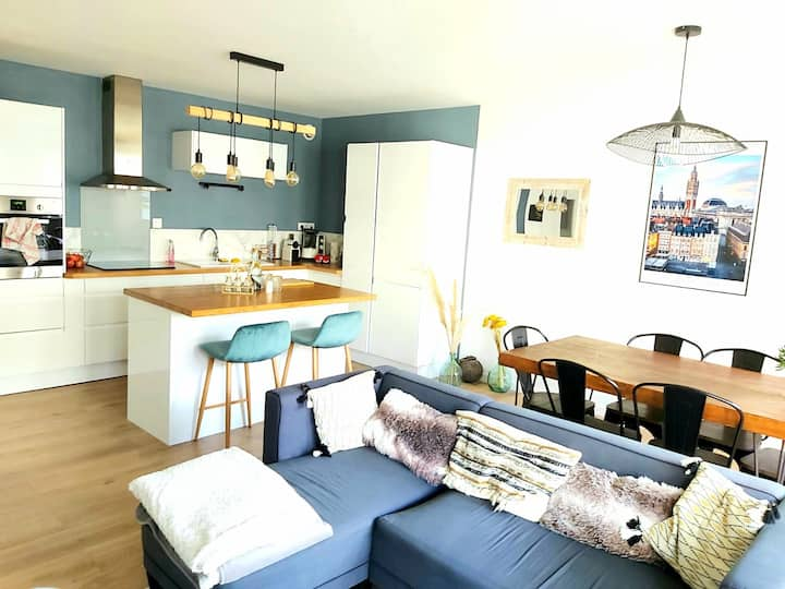 Superb T3 with Terrace - Ideally located!