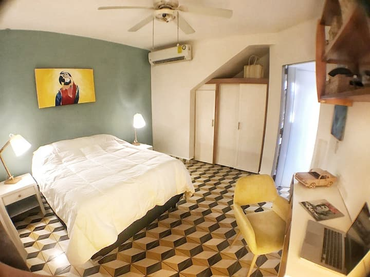 Macaw cozy room AC/Wifi lake view