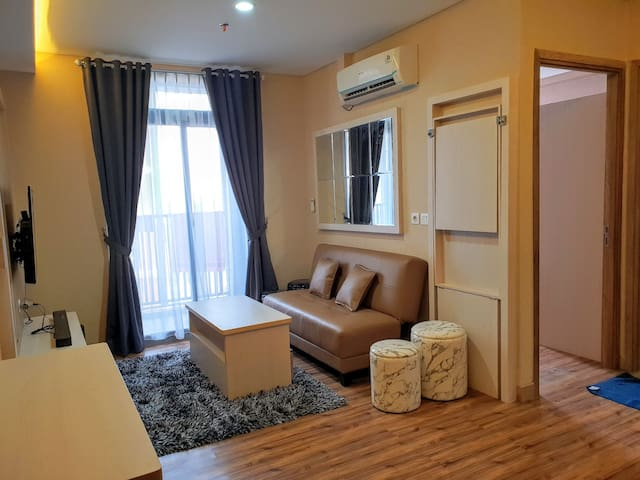 1 BR Brown Theme in Pejaten Park Residence+Netflix