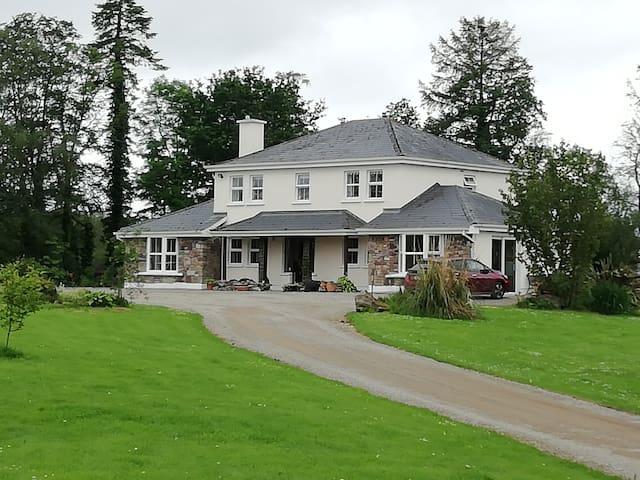 Glenstal Farm