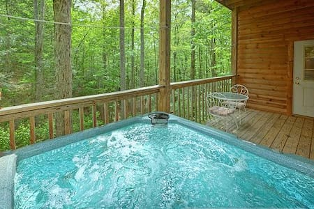 LOVER'S PARADISE - A Romantic Escape For Couples - Sevierville - Cabane