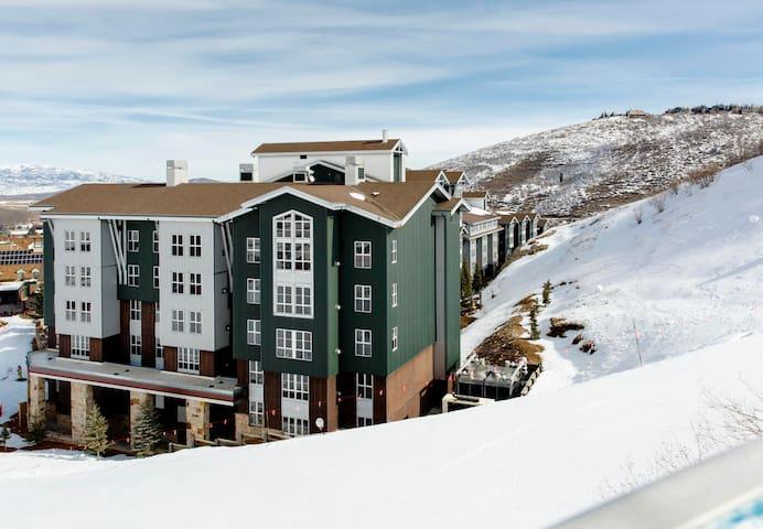 Marriott Mountainside 2 Bed & 2 Bath Condo
