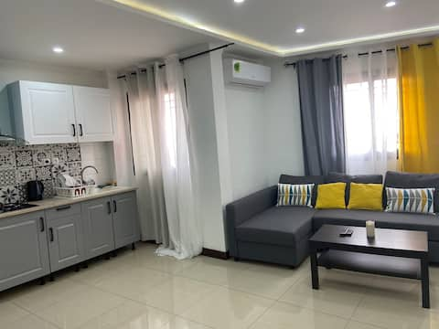 Yaoundé'de çağdaş, yumuşak ve huzurlu bir daire