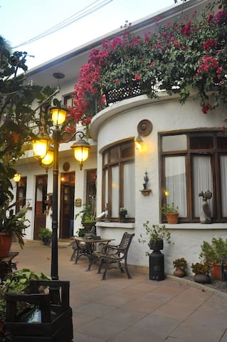 Apartment Viejo Olivo, Chilled Cozy Home in Sucre!