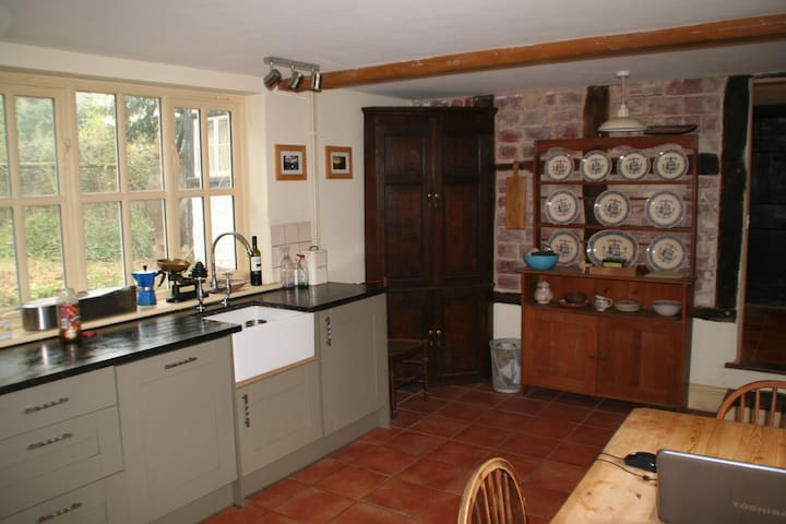 Chestnut Cottage - Winforton - Dom