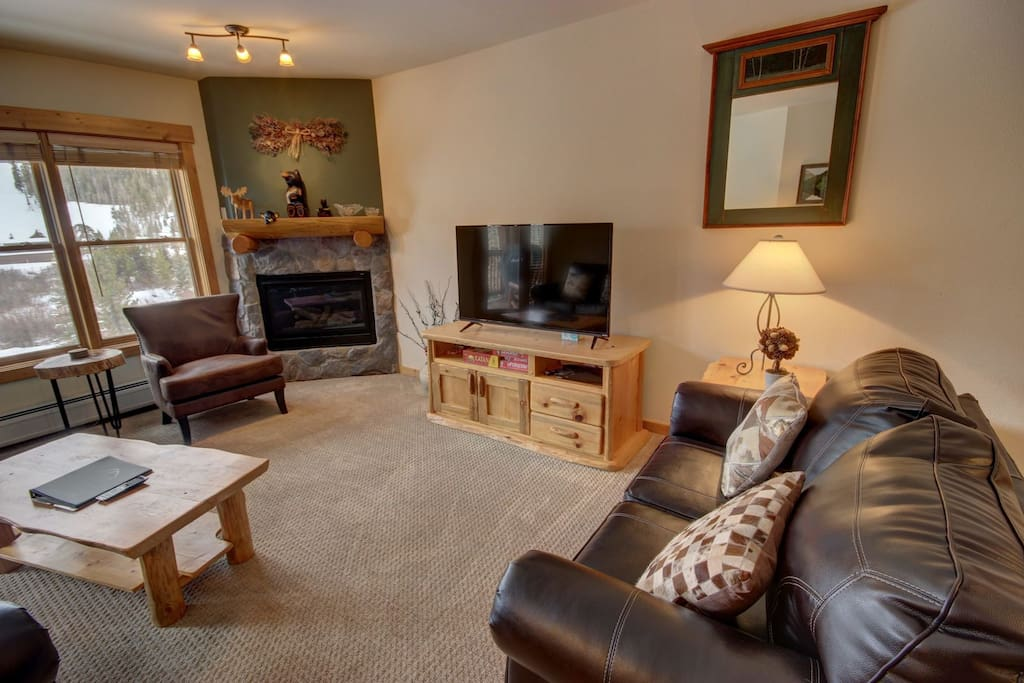Relax in this Tenderfoot Lodge condo!