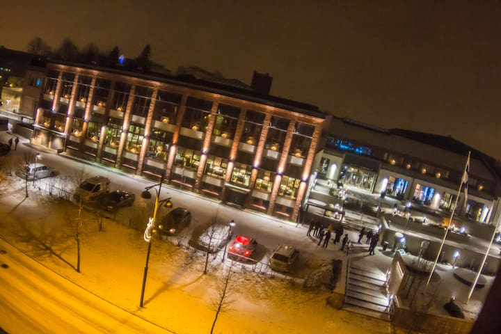 CROWN HIGHRISE - City Center & Sauna