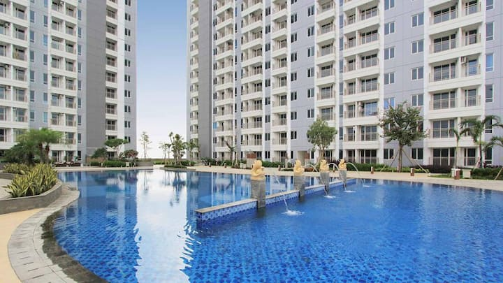 Apartment Tanglin & Connected with Pakuwon Mall