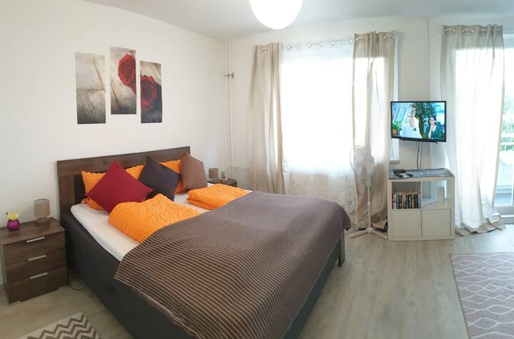♥️COSY New Apartment near the Light 3D CINEMA