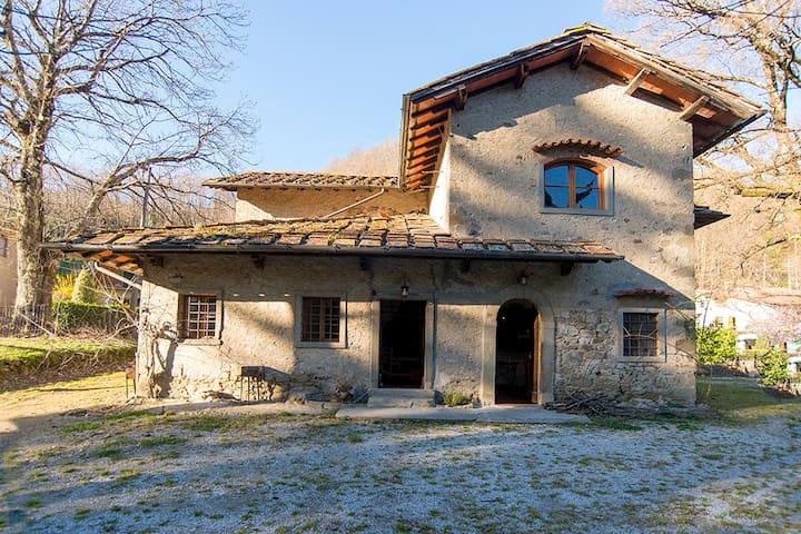 farm Santichiesoli - San Marcello Pistoiese - House