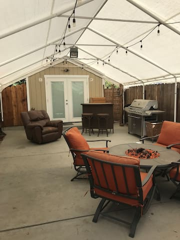 Awesome SLO Tiny House with Private Covered Patio