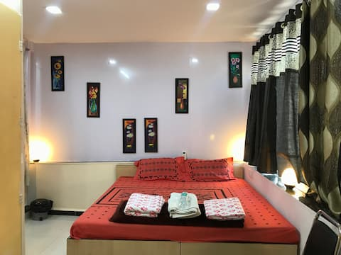 1 Room near Ajanta & Ellora breakfast included #A1