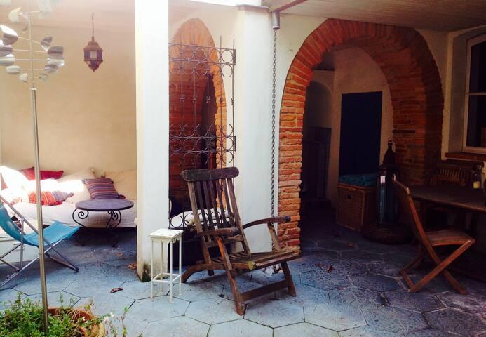 Deux chambres avec garage st cyp maisons louer for Louer garage toulouse