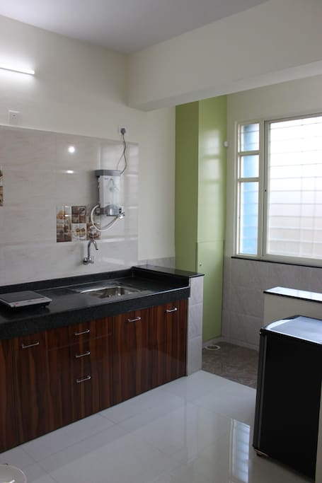 Kitchen and Dry Balcony